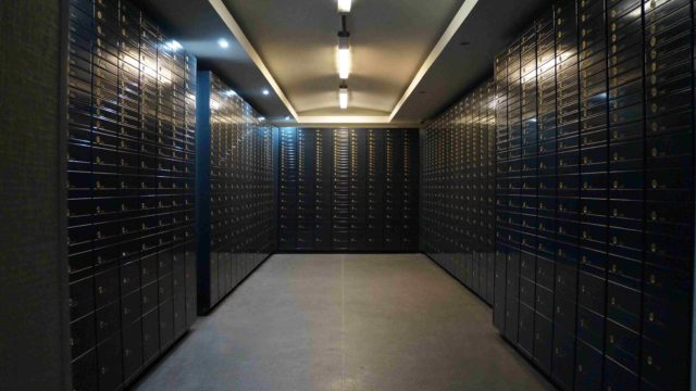 safety deposit box facility in Riga