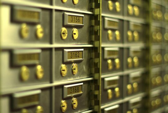 independent safe deposit boxes company
